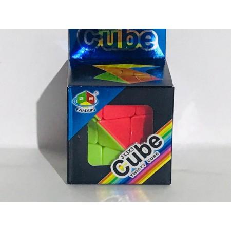 Кубик Рубика 7733